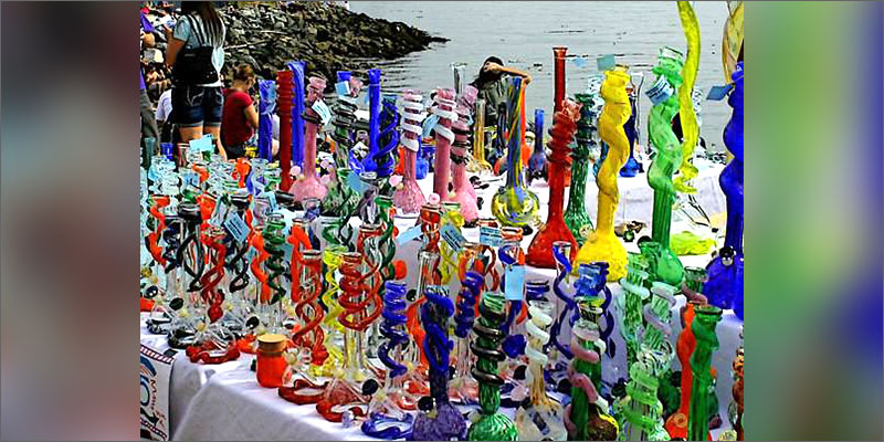 glass bongs The History Of Glasswork (Bongs & Pipes) Is Quite Fascinating