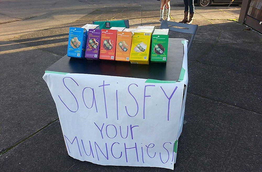 girlscoutcookiesmunchies Ruthless girl scout sells cookies outside a dispensary