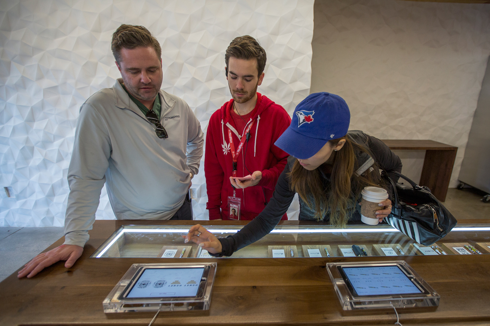 medmen resized Los Angeles pot shops officially open for recreational sales
