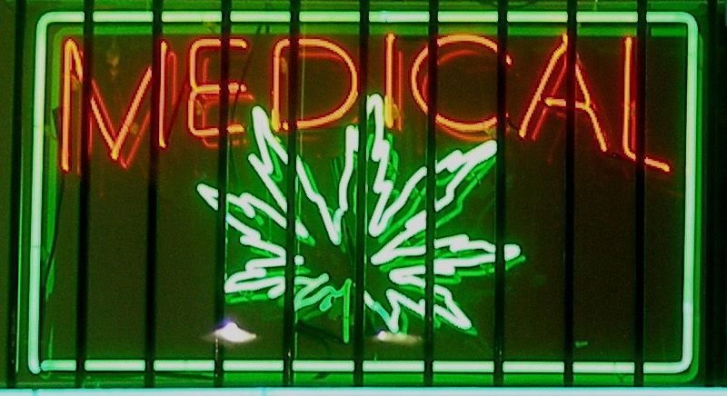 5077180354 c3f154010e o New study finds that easy access to weed reduces opioid overdose deaths