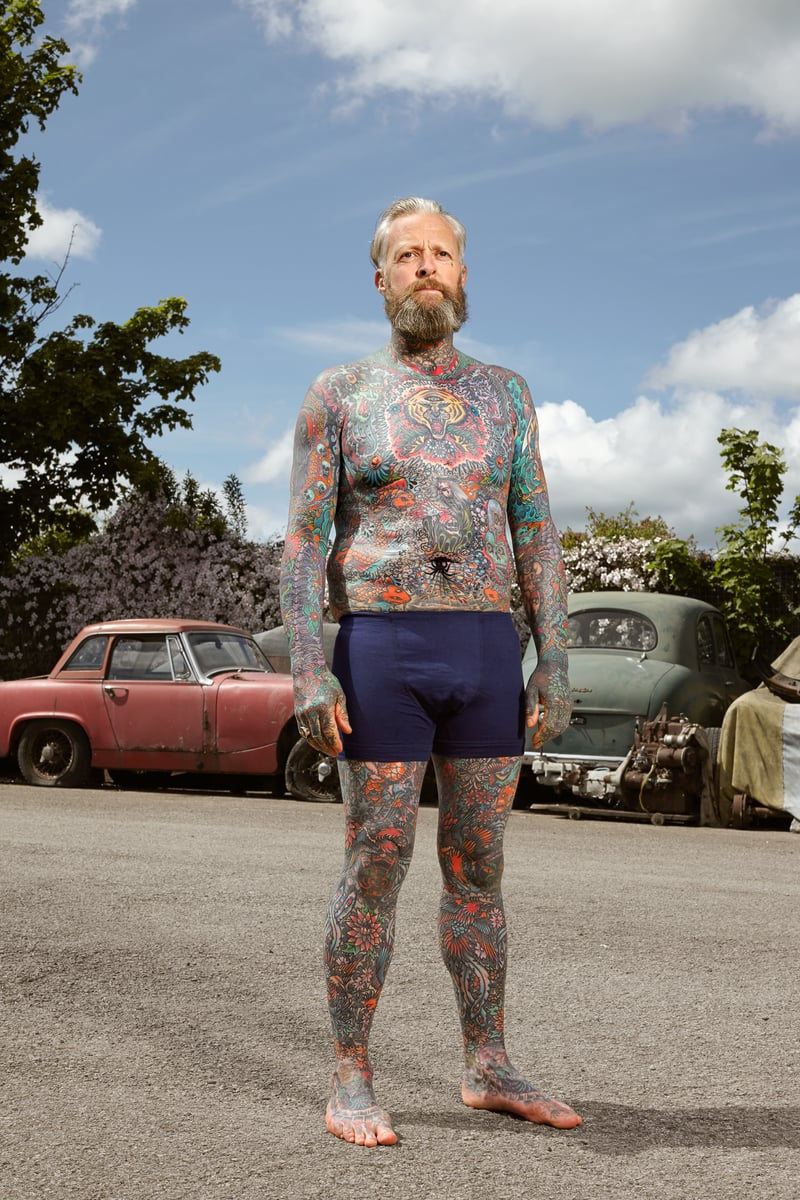 Alan Powdrill Raw Portraits Of The People Devoted To Full Body Tattoos 18 The bodies of the heavily tattooed: exposed