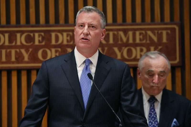 1 New Yorks DEA Chief Tells Mayor de Blasio Marijuana Arrests Will Continue New Yorks DEA Chief Tells Mayor de Blasio Marijuana Arrests Will Continue